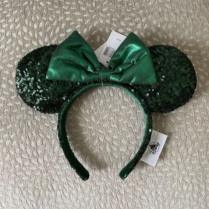 NWT emerald mouse ears